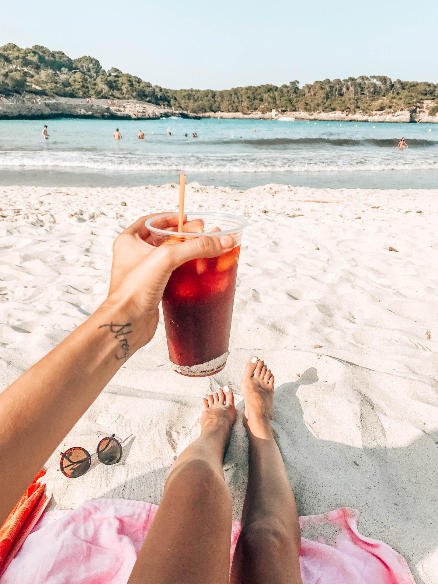 brunettie bloger mallorca cestování travelling island sea spain španělsko moře
