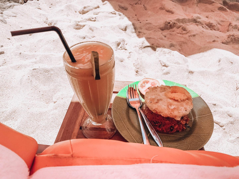 nasi goreng mango juice nusa penida atuh beach bali travelling island coconut beach food balinesse food