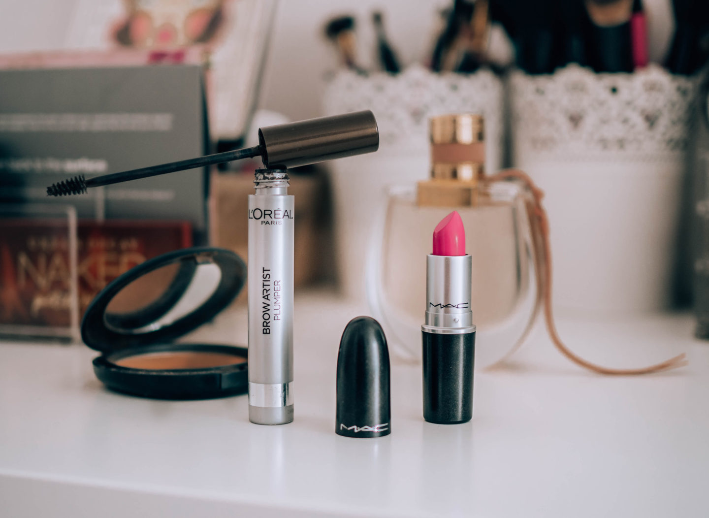 mac powder mac lipstick mac rtěnka candy yum yum chloe nomad notino brunettie cosmetic kosmetika summer tips